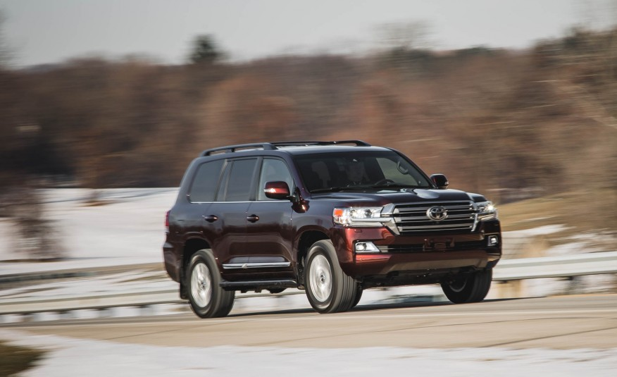 2016-Toyota-Land-Cruiser-101-876x535