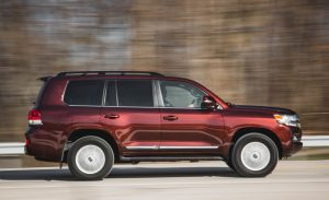 2016-Toyota-Land-Cruiser-103-876x535