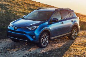 2016-Toyota-RAV4-Hybrid-front-three-quarter-view1