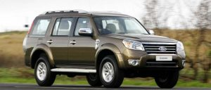 ford_everest_2009_1