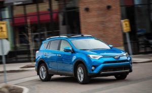 2016-Toyota-RAV4-Limited-hybrid-101-876x535