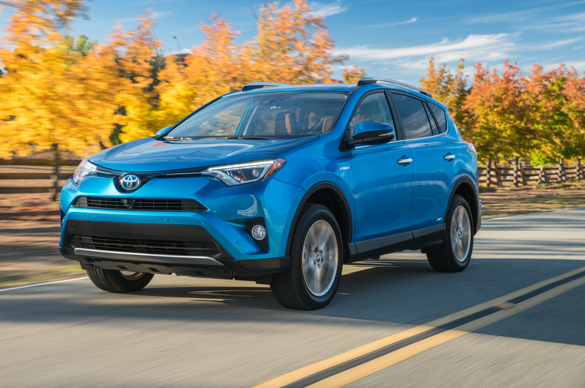 2016-Toyota-Rav4-Hybrid-Limited-front-three-quarter-in-motion-05