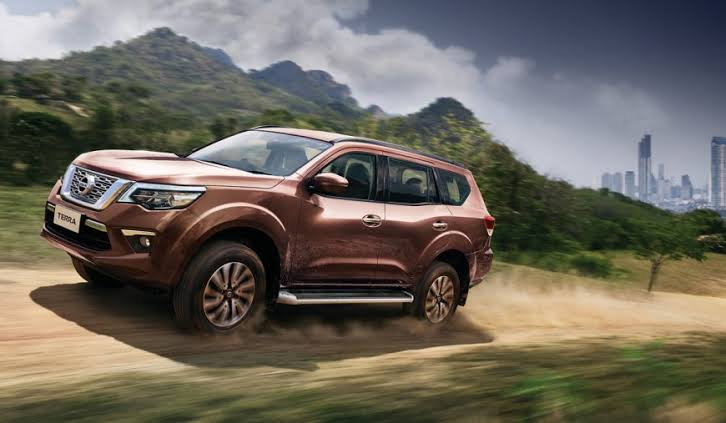 Nissan Terra 2019-20 SUV Export Thailand | Toyota Hilux ...